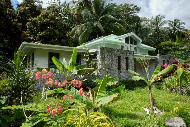 Dominica Eco Resort - Citrus Creek Plantation1